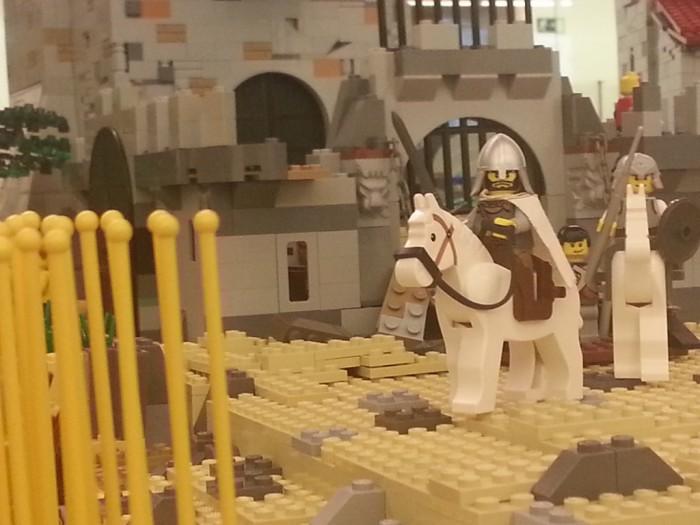Al destierro con doce de los suyos, sangre sudor y hierro, El Cid cabalga