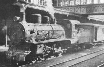 Los trenes de viajeros del Vasco-Asturiano tenían su estaciçpn término muy cerca del centro de Oviedo